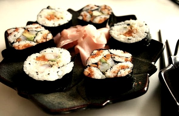 Sushi by eltpics on Flickr.