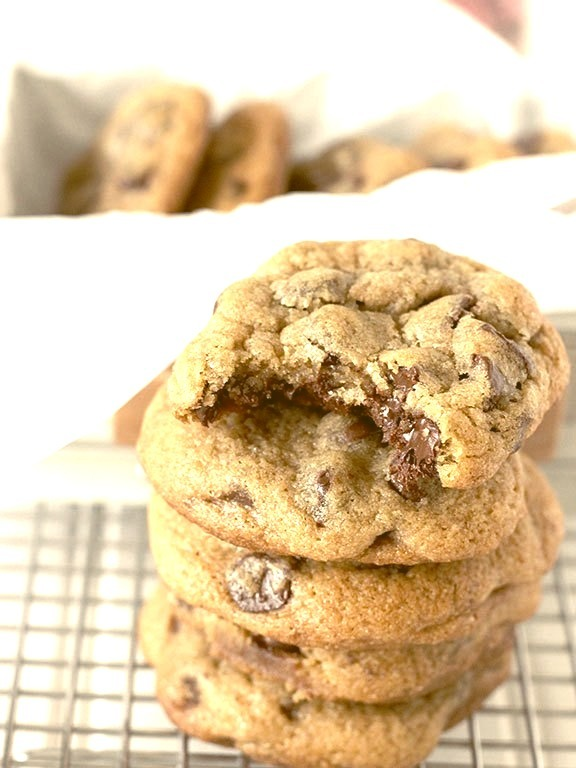 Recipe: Thick & Chewy Chocolate Chip Cookies